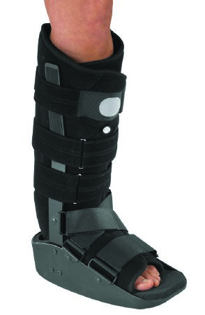 """Walker Boot MaxTraxâ""""¢ Medium Hook and Loop Closure Female Size 6.5 - 11 / Male Size 5.5 - 10 Left or Right Foot (1/EACH)"""