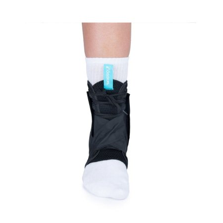 Ankle Brace with Figure 8 Ossur® FormFit® Medium Lace-Up / Figure-8 Strap Left or Right Foot Product Image